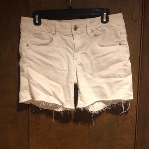 White American outfitters jean shorts